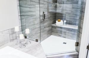 Houston shower doors - Apple Glass Company