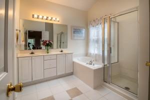 Houston Shower Doors – Apple Glass Company